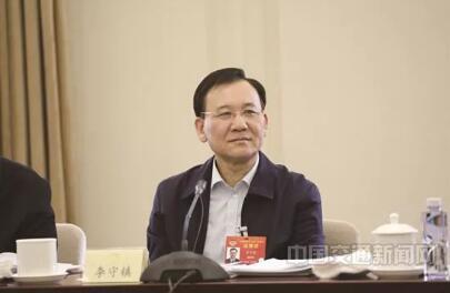 【资讯】多位全国政协委员为货车司机权益发声