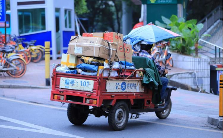 中国快递协会:正研究建立不良用户黑名单制度
