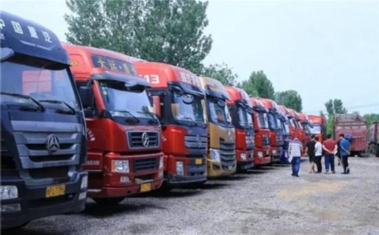 货车司机调查 运价一降再降 部分重卡司机月利润跌至两三千元