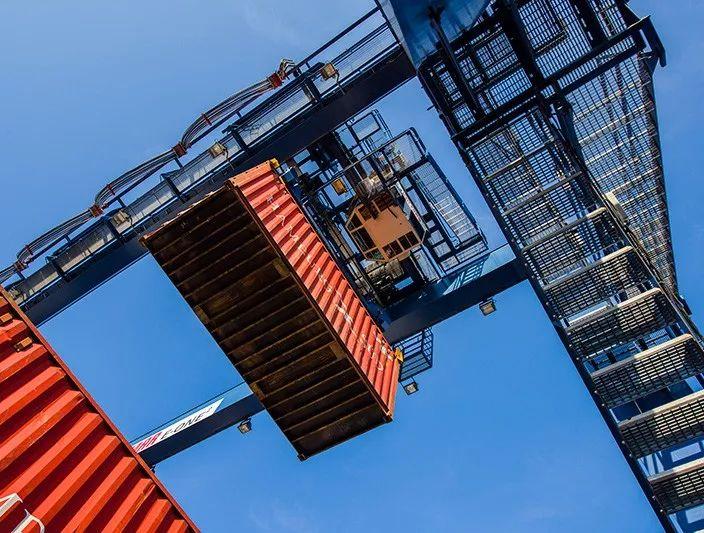 卡尔玛为OPCSA提供专业服务,提高拉斯帕尔马斯港的安全性、绩效表现和生产力