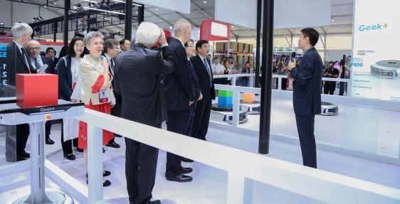 极智嘉受邀参加2019世界机器人大会,国家领导莅临指导