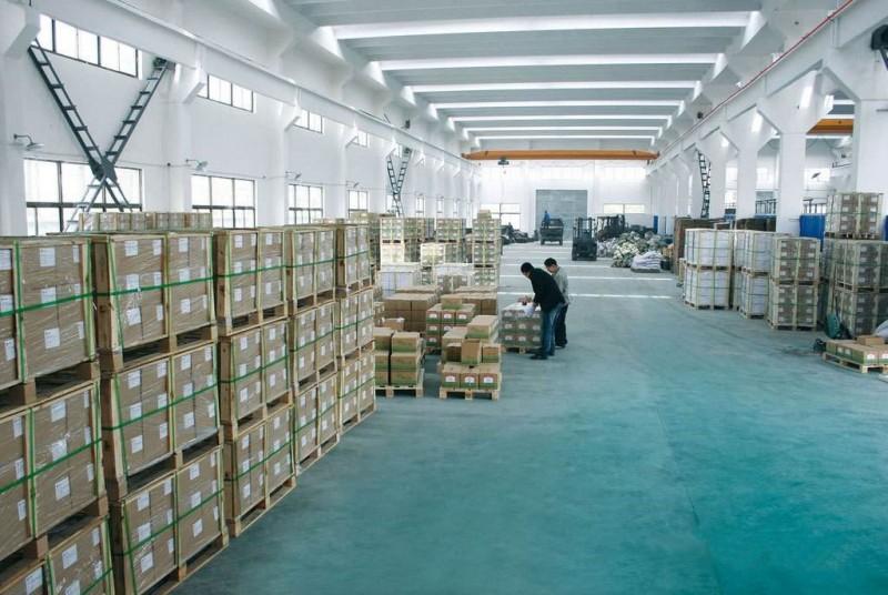 保障仓库作业规范与准时出货—公司仓库控制程序及出入库管理规定