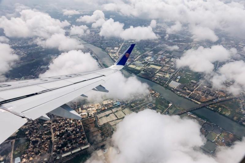 买飞机就是快递公司的未来?